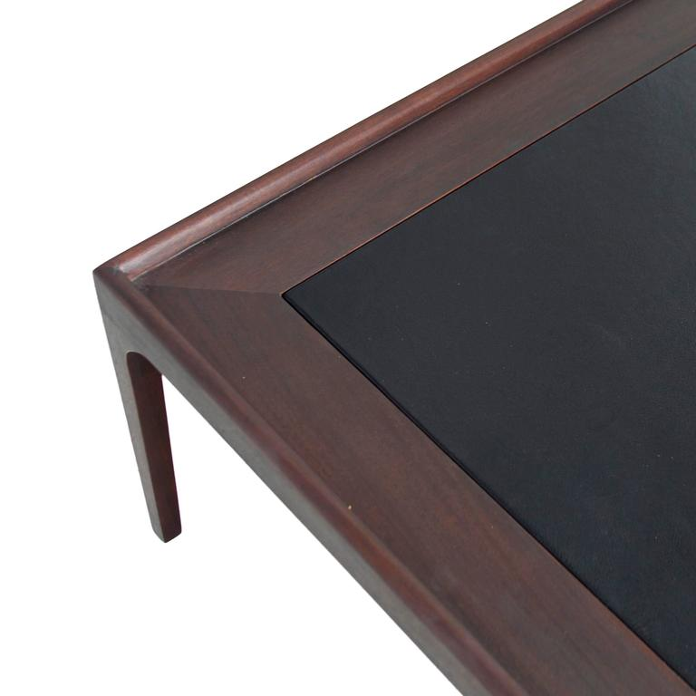 Mid Century Mahogany Coffee Table With Inset Black Leather Top At 1stdibs