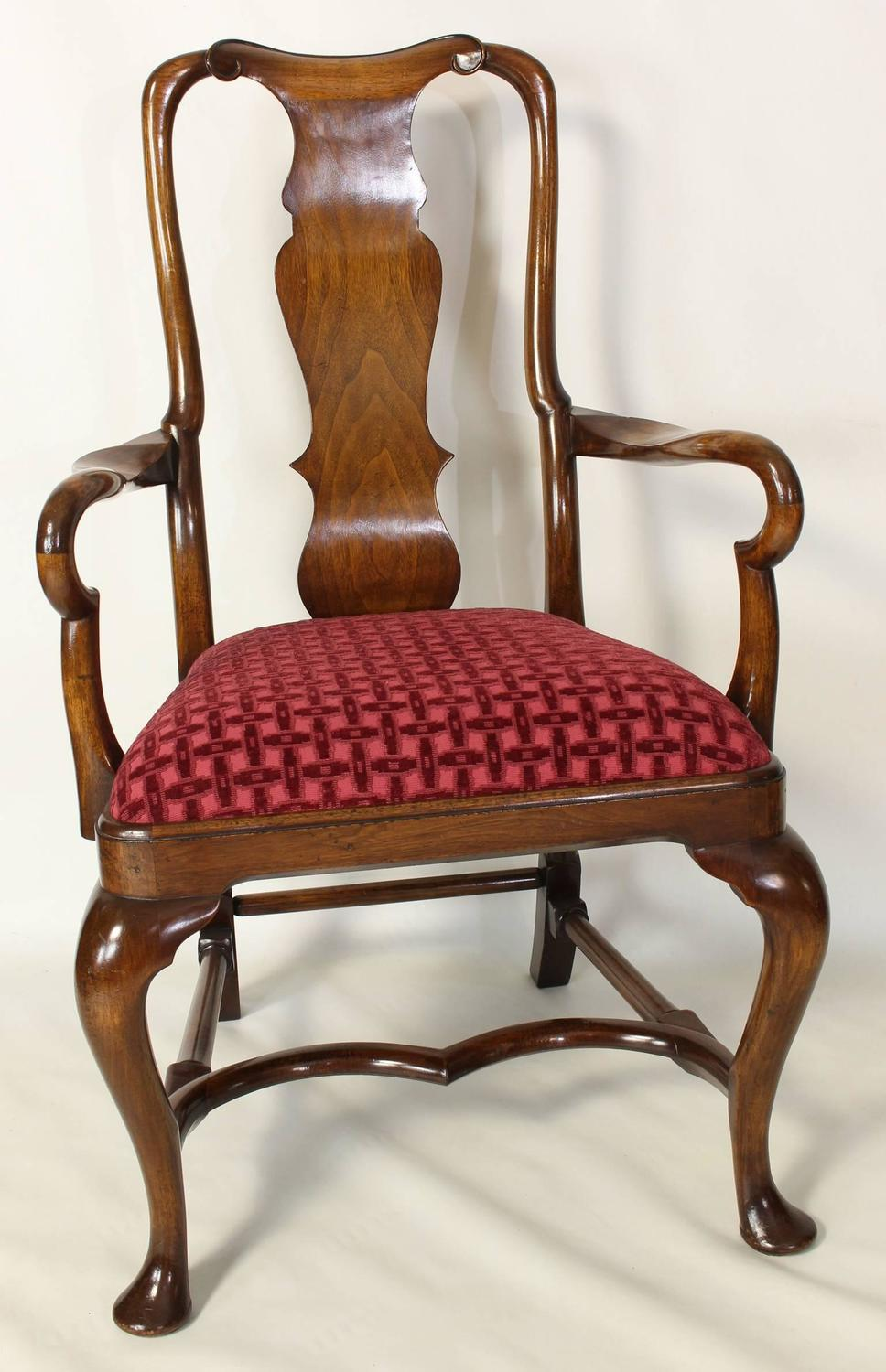 Set of eight english walnut queen anne style dining chairs for Dining room chairs queen anne