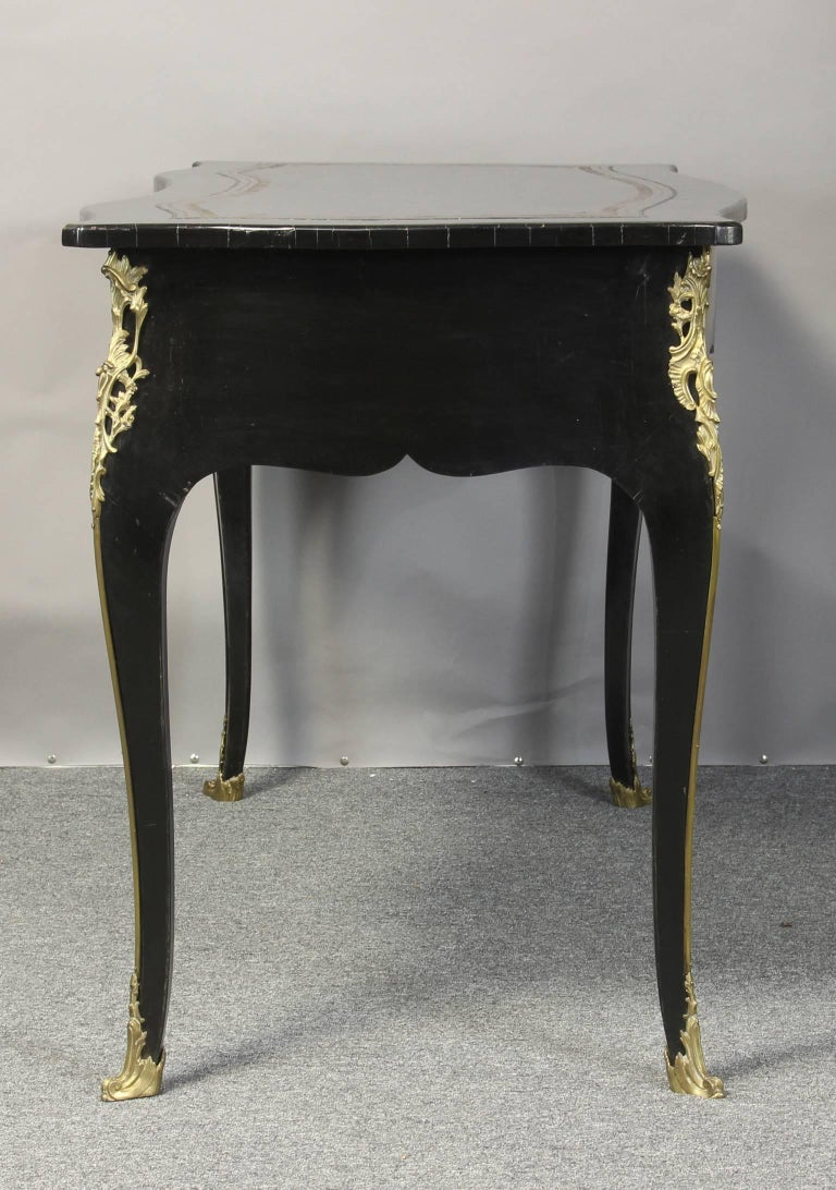 Louis xv bureau plat for sale at 1stdibs for Bureau louis xv