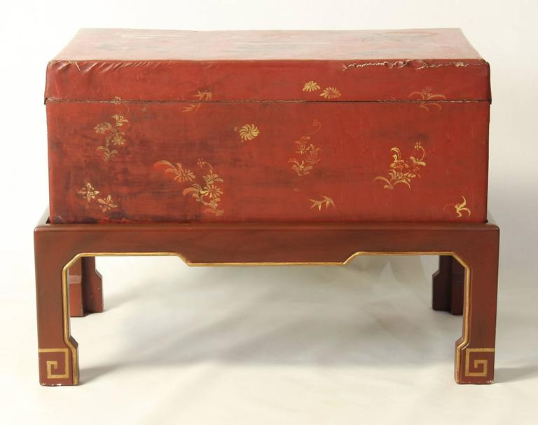 20th Century Hand-Painted Chinese Trunk on Stand For Sale