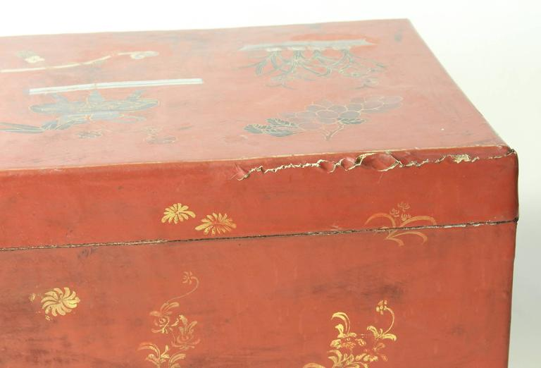 Hand-Painted Chinese Trunk on Stand For Sale 3
