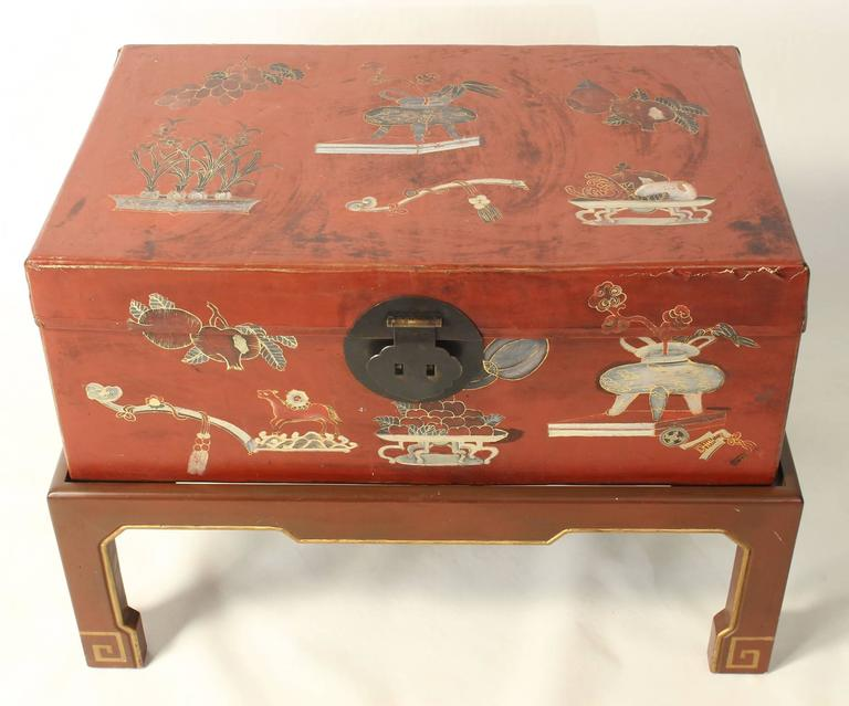Hand-Painted Chinese Trunk on Stand For Sale 1