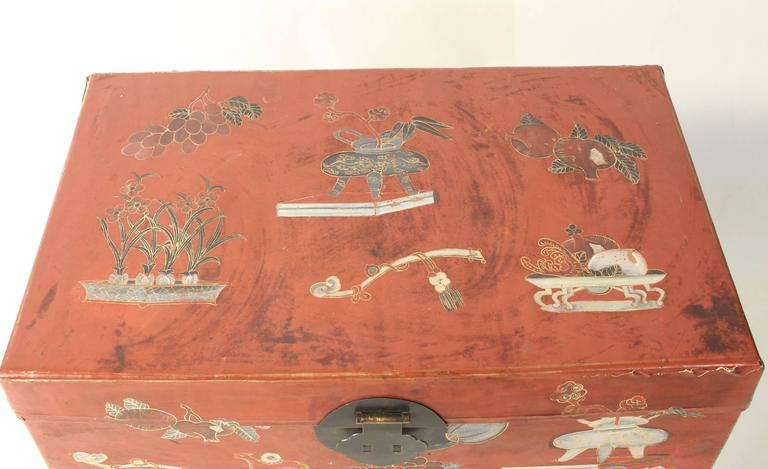 Hand-Painted Chinese Trunk on Stand For Sale 2