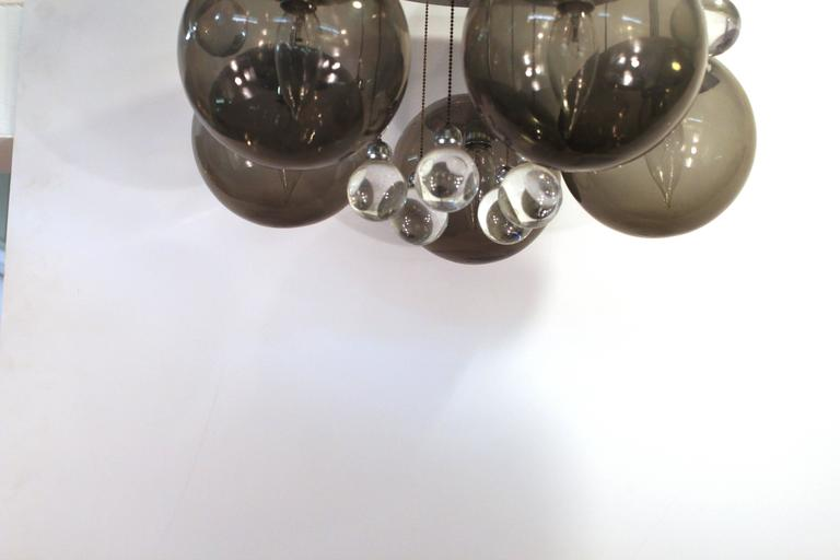 20th Century Mid-Century Chrome and Glass Balls Chandelier For Sale