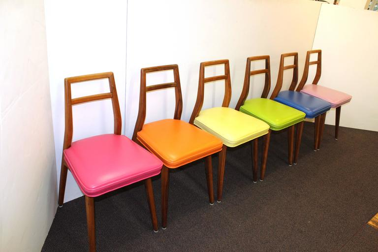 Set Of Six Mid Century Modern Dining Chairs With Colorful Upholstery For Sale