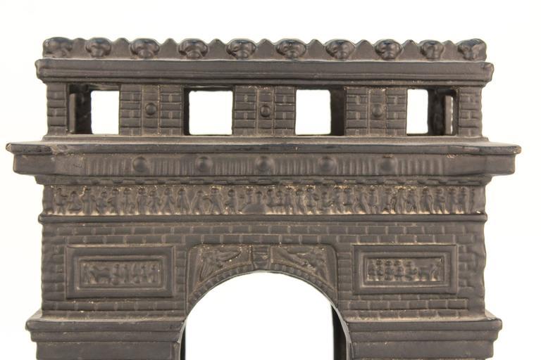 Arc De Triomphe De L'étoile Candleholder 9