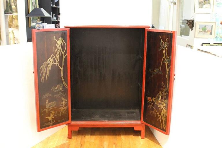 20th Century Chinoiserie Cabinet in Red and Black For Sale