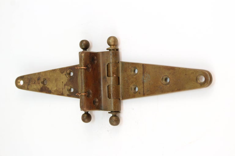 Industrial Style Vintage Brass Door Hinge In Good Condition For Sale In New York, NY