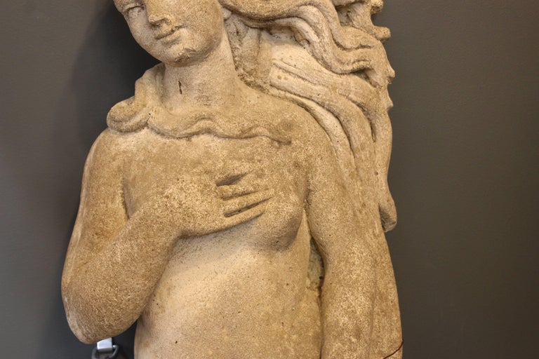 'Birth of Venus' Statue in Cement Stone In Good Condition For Sale In New York, NY