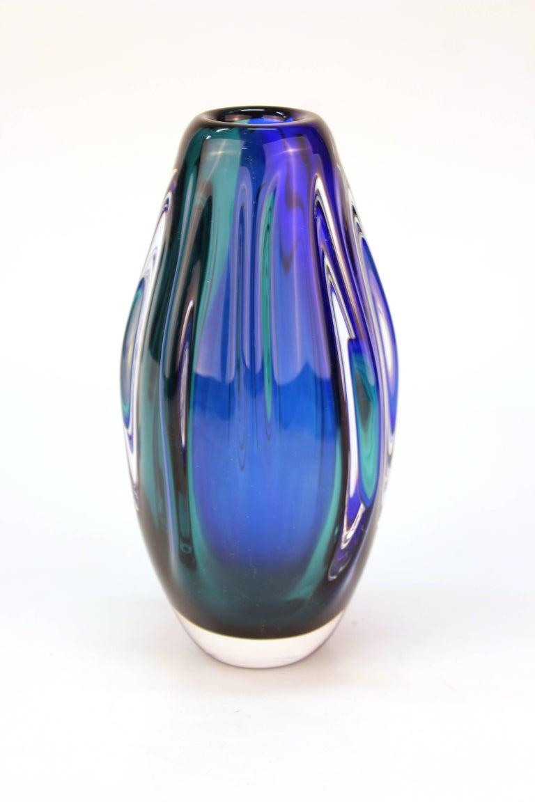 Italian Mid-Century Modern Murano Sommerso Glass Vase For Sale