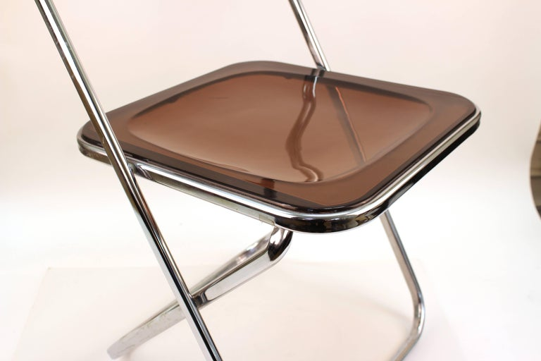 Giancarlo Piretti Plia Style Folding Chairs in Smoked Lucite For Sale 1