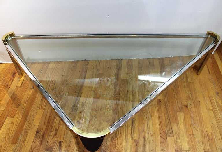 Jay Spectre Modernist Coffee Table with Triangular Frame  In Good Condition For Sale In New York, NY