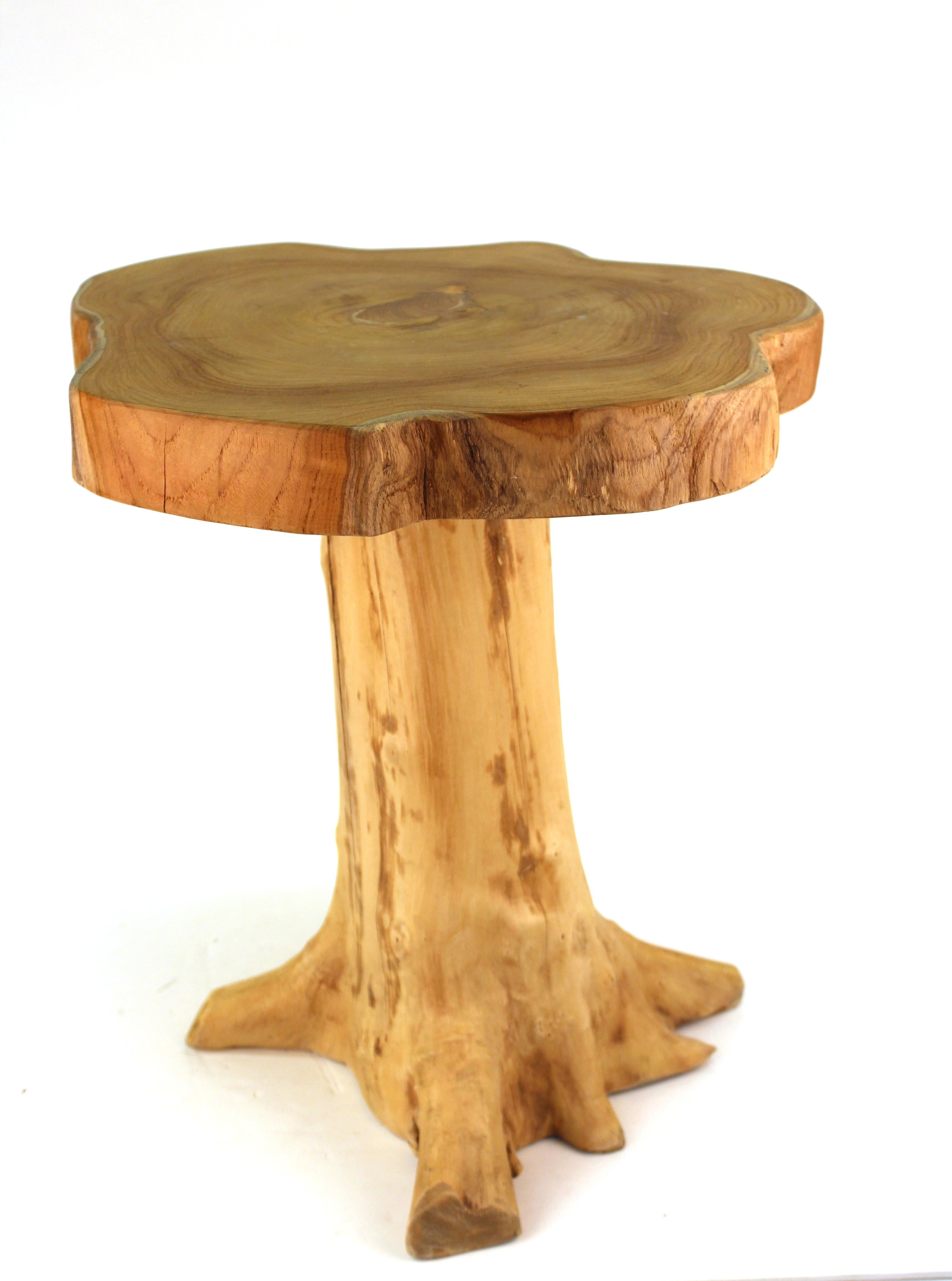 Modern Indonesian Wood Tree Trunk Side Table In Good Condition For Sale In  New York,