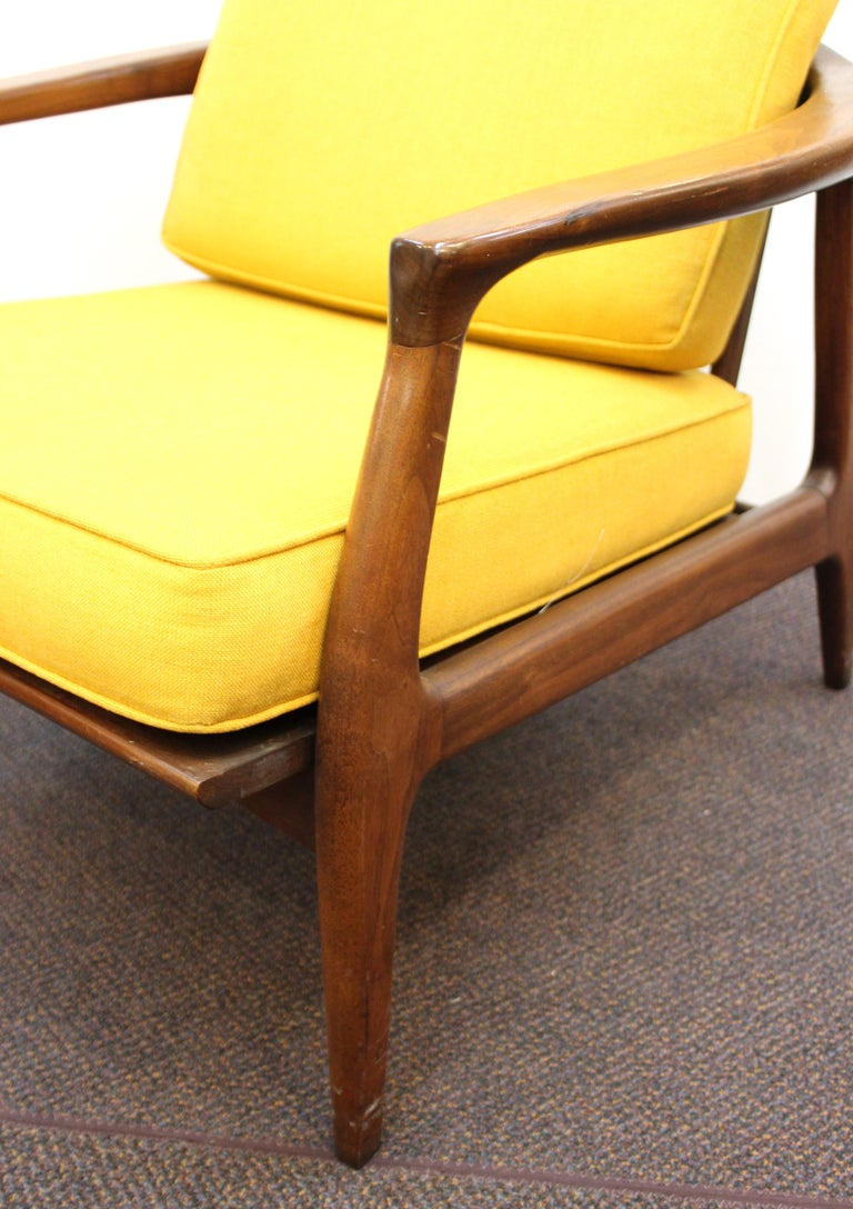 Milo Baughman for Thayer Coggin Mid-Century Modern Lounge Chairs In Good Condition For Sale In New York, NY