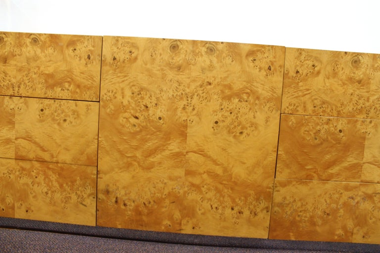 Mid-Century Modern Burlwood Credenza Attributed to Milo Baughman For Sale 8