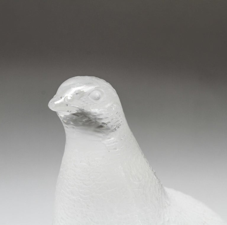 Lalique Frosted Crystal Art Glass Partridge Figurine In Good Condition For Sale In New York, NY