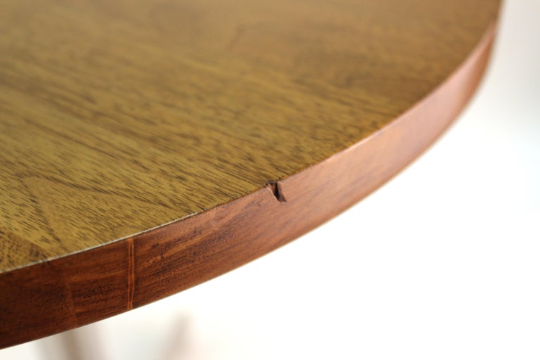 Mid-Century Modern Round Side Table in Style of Hans Eichenberger For Sale 7