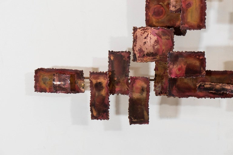 A Curtis Jere Style Abstract Brutalist Copper Wall Sculpture In Good Condition For Sale In New York, NY