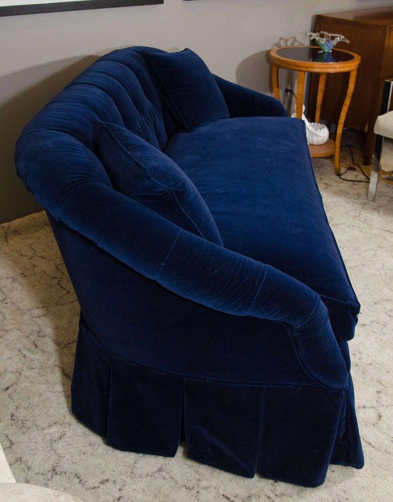 21st Century Blue Velvet Settee In Good Condition For Sale In New York, NY