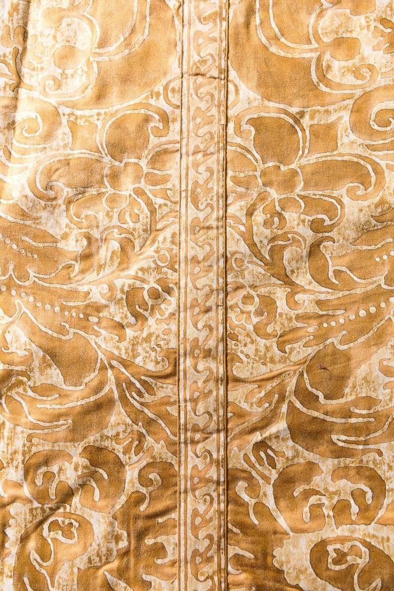 Mid-20th Century Kingsize Gold and White Fortuni Barbarizi Design Bedspread For Sale