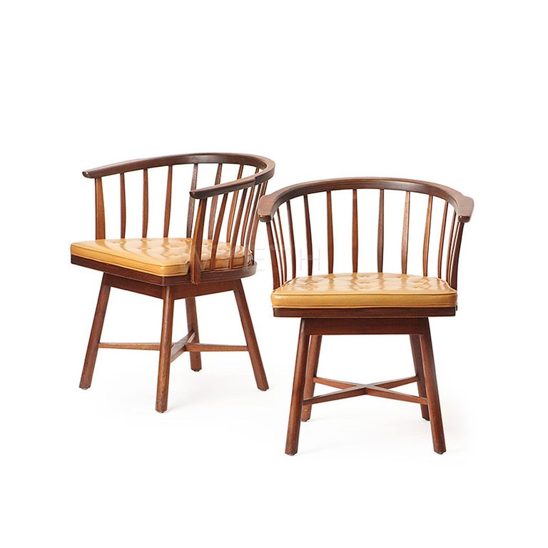 Pair of Swiveling Barrel Back Chairs by Edward Wormley For Sale 4