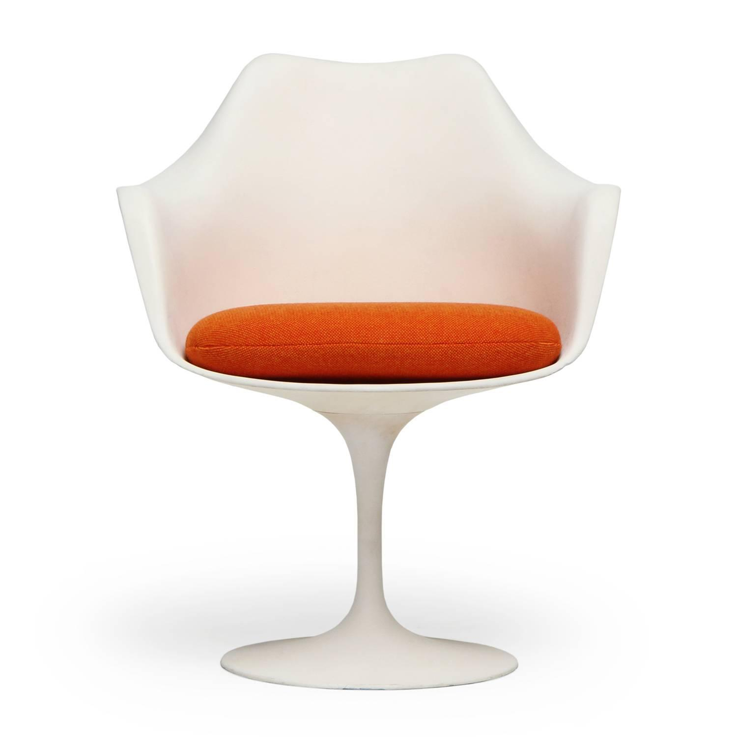 Tulip Chairs By Eero Saarinen For Sale At 1stdibs
