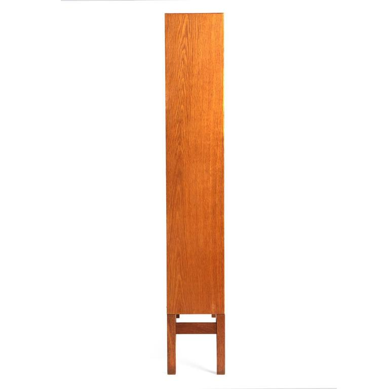 Danish Modern Teak Standing Bookcase by Børge Mogensen In Excellent Condition For Sale In Sagaponack, NY
