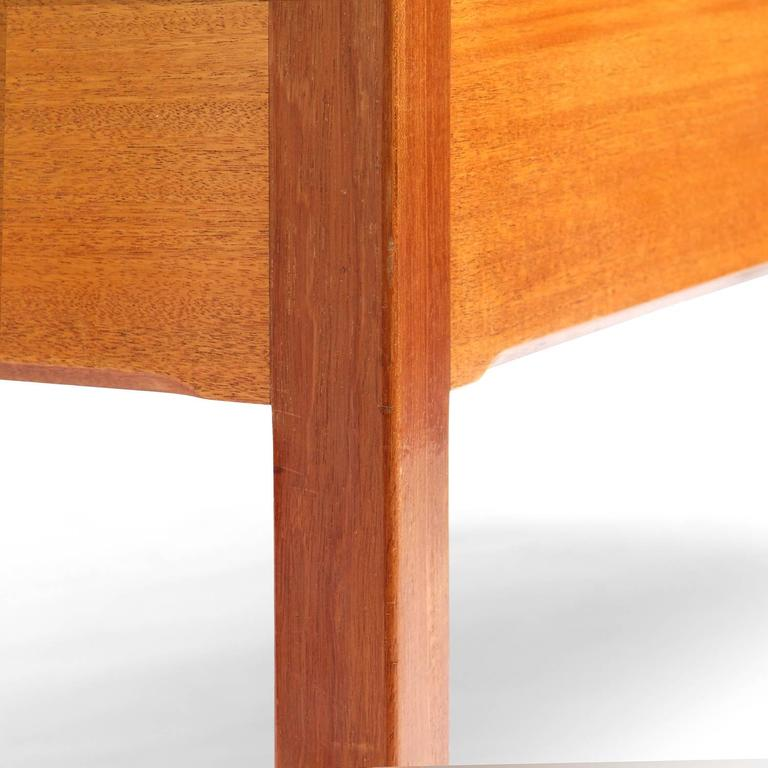1950s Danish Superb Desk by Ejner Larsen and Aksel Bender Madsen for Willy beck For Sale 1