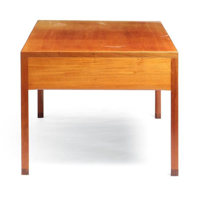 Scandinavian Modern 1950s Danish Superb Desk by Ejner Larsen and Aksel Bender Madsen for Willy beck For Sale