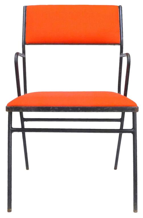 Mid-Century Modern Set of Four Mid-Century Wrought Iron Chairs For Sale