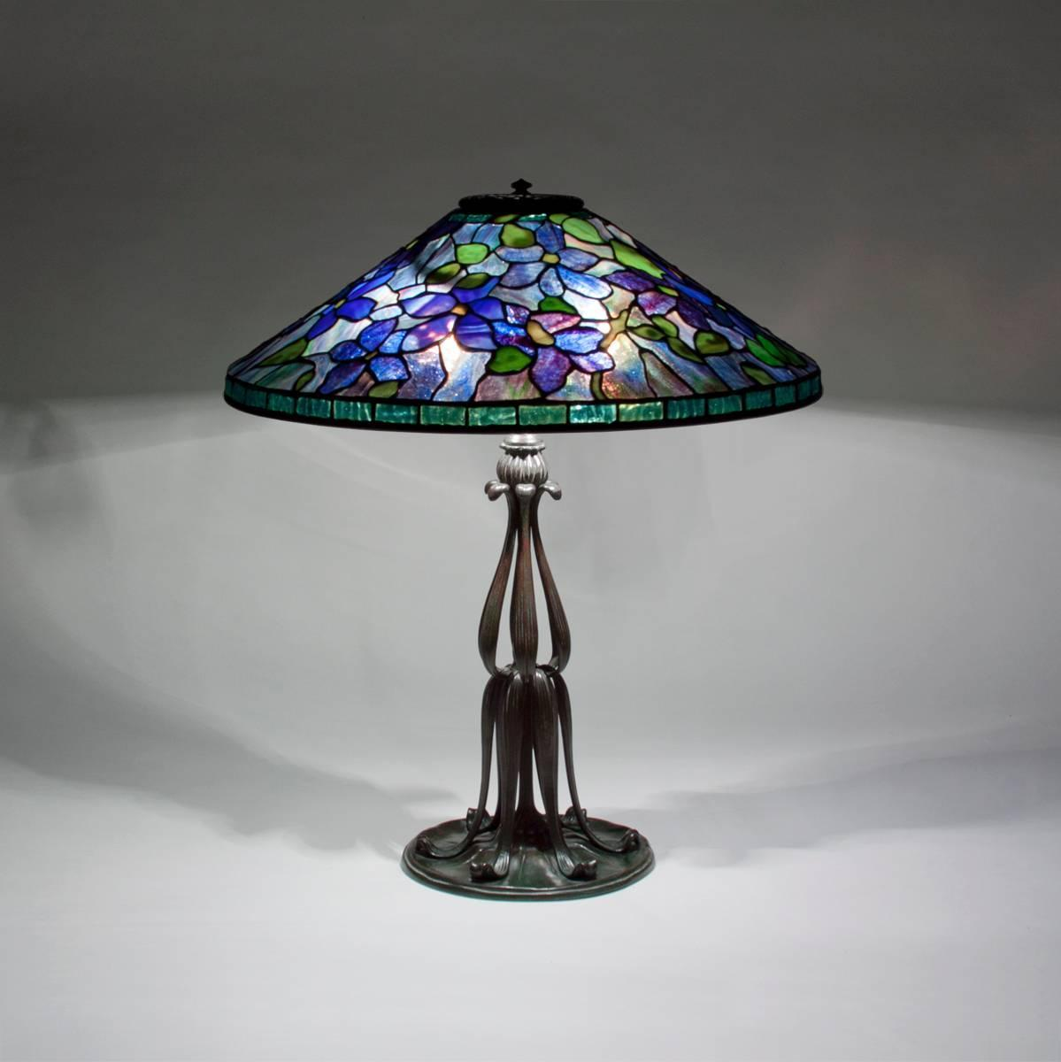 tiffany studios clematis table lamp for sale at 1stdibs. Black Bedroom Furniture Sets. Home Design Ideas