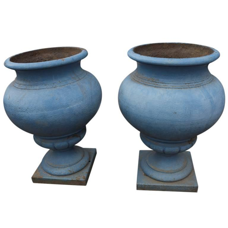 Antique French Cast Iron Urns, circa 1800 at 1stdibs