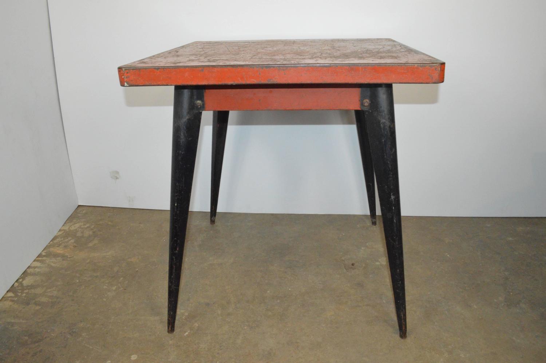 tolix industrial metal table at 1stdibs. Black Bedroom Furniture Sets. Home Design Ideas