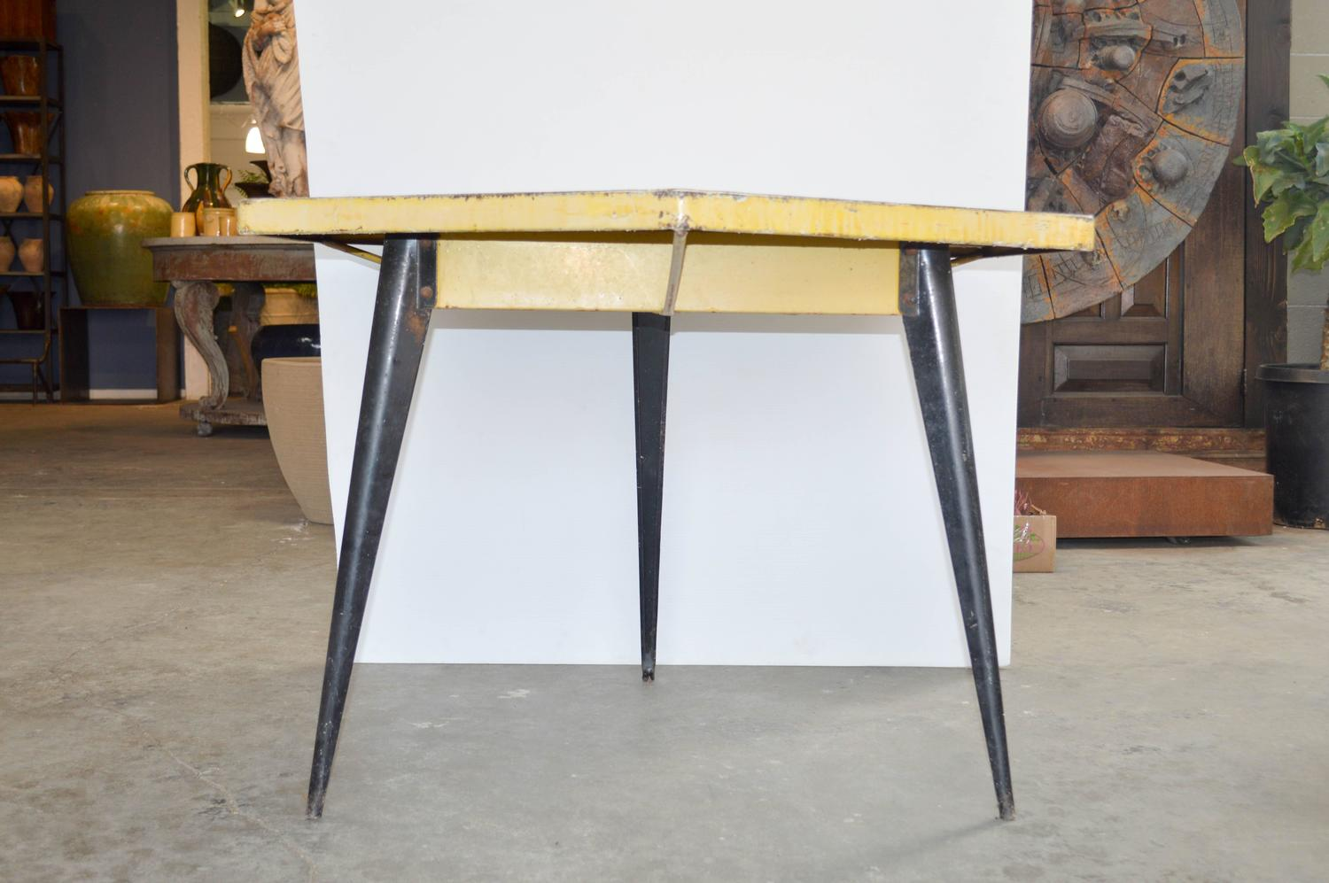 Mid century hexagonal tolix table at 1stdibs for Table style tolix