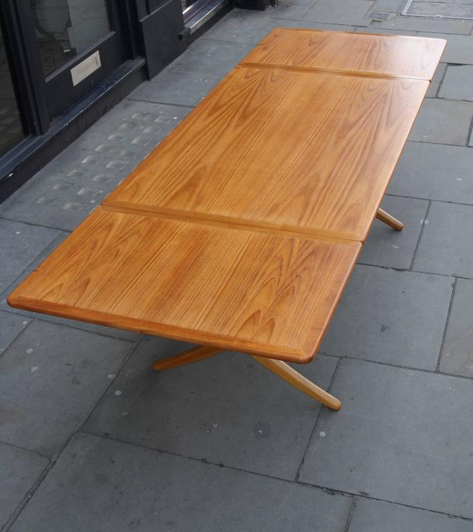 Mid-20th Century Hans Wegner Model AT-309 Extendable Table For Sale