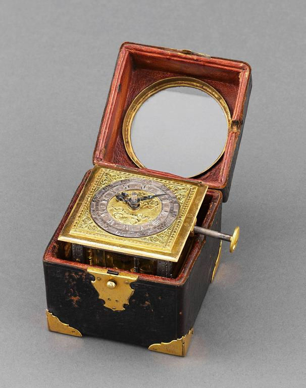 Renaissance Horizontal Table Clock 5
