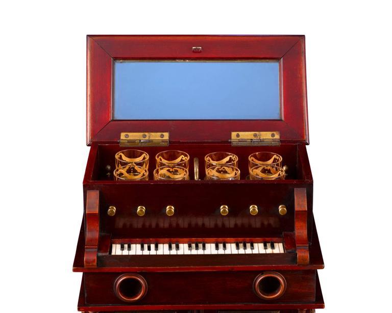 19th Century Upright Piano Cave À Liqueur For Sale 1