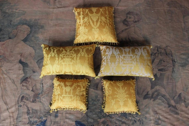 Fine 19th Century French Silk Damask Cushions For Sale 2
