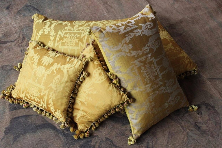 Fine 19th Century French Silk Damask Cushions For Sale 4