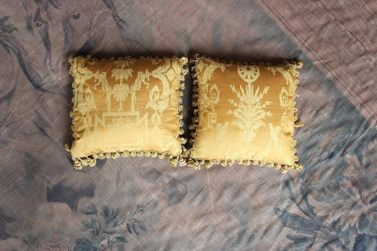 Fine 19th Century French Silk Damask Cushions For Sale 7