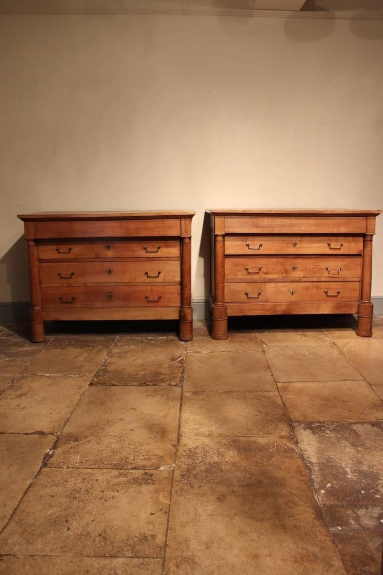 Restauration Good Matched Pair of 19th Century French Walnut Commodes For Sale