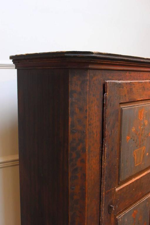 19th Century Austrian Painted Cupboard For Sale 3