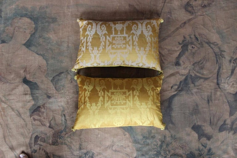 Fine 19th Century French Silk Damask Cushions For Sale 3