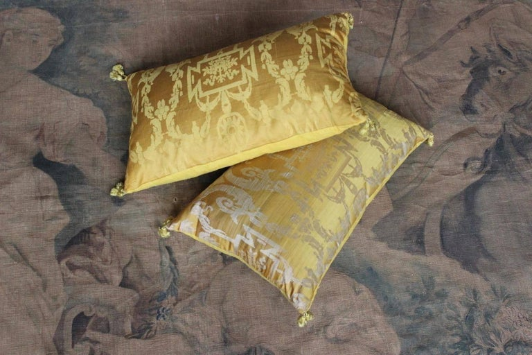 Fine 19th Century French Silk Damask Cushions For Sale 6