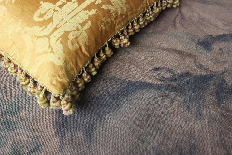 Fine 19th Century French Silk Damask Cushion In Excellent Condition For Sale In Gloucestershire, GB