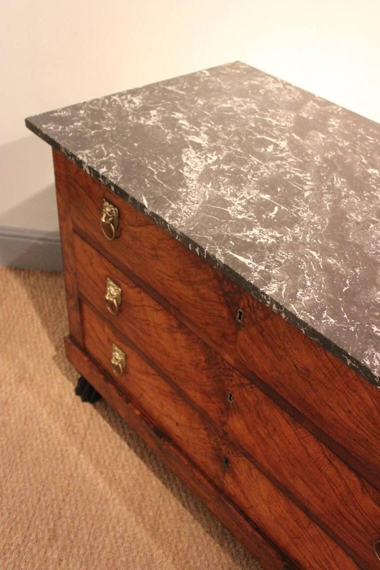 Early 19th Century French Empire Walnut Commode For Sale 3