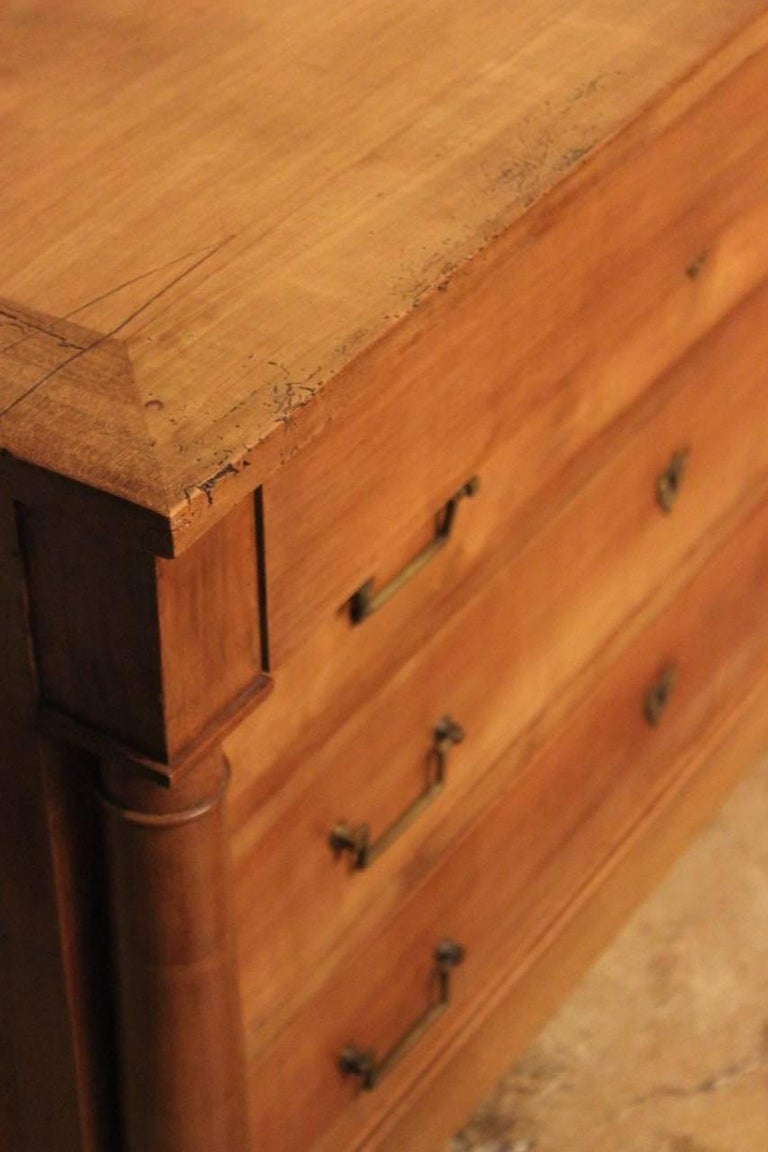 Good Matched Pair of 19th Century French Walnut Commodes For Sale 3