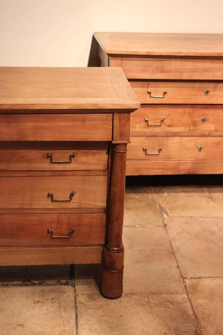Good Matched Pair of 19th Century French Walnut Commodes For Sale 4