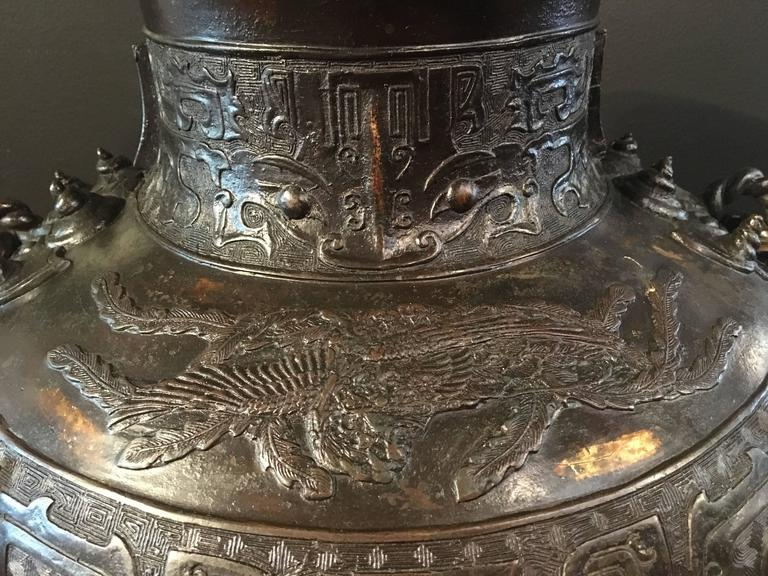 Large Qing Dynasty Chinese Archaistic Gold Splashed Bronze Hu Vase For Sale 1