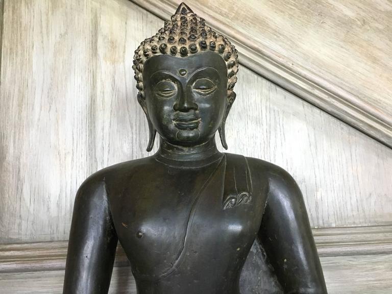 Large Burmese Bronze Medicine Buddha, Pagan Style, Late 19th Century For Sale 2